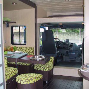 Vans Chardron camping cars haut de gamme avec remorque pour voiture