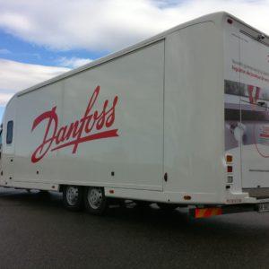 Vans Chardron véhicule événementiel avec extensions 30m²