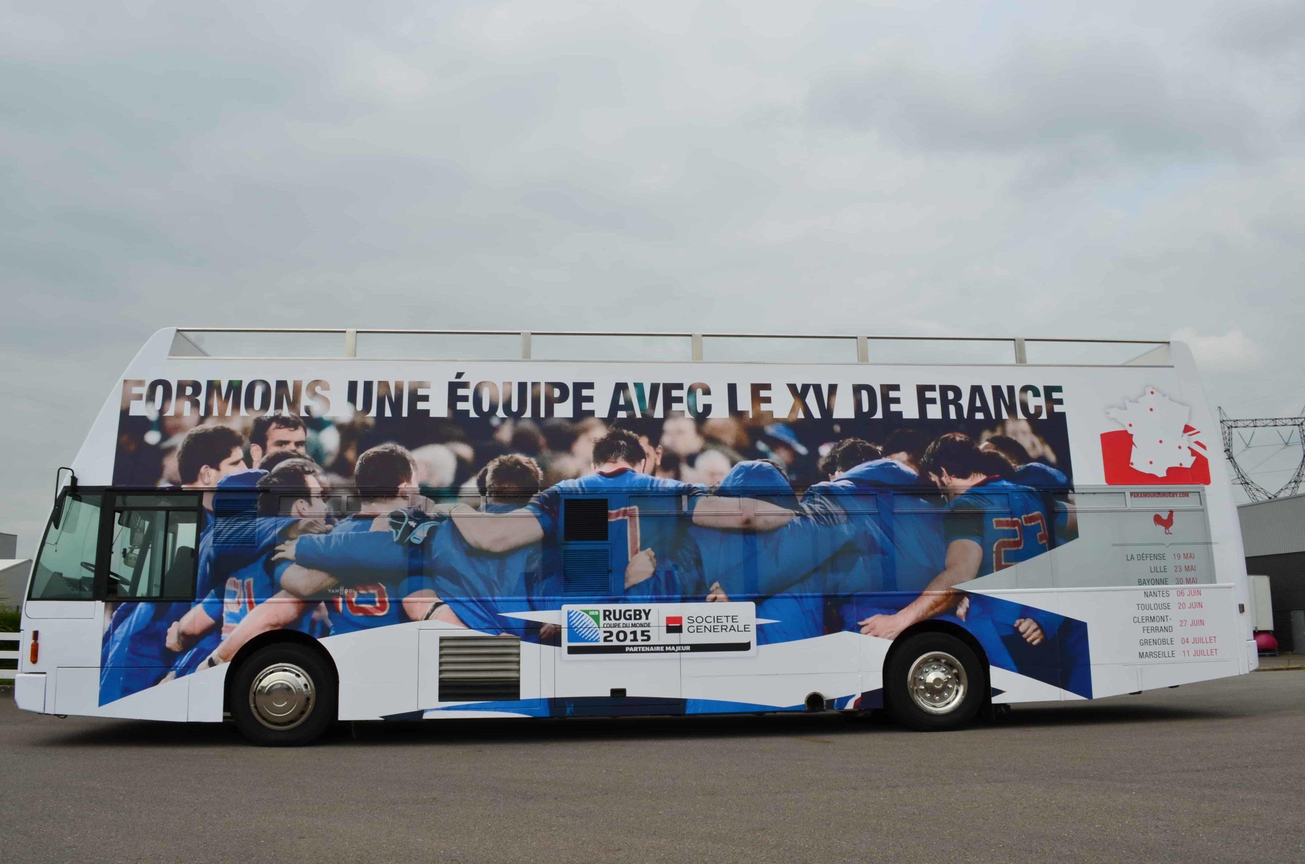 Vans Chardron Véhicule evenementiel Bus rugby avec terrasse