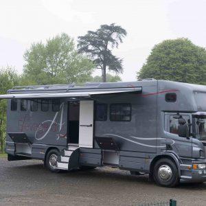 Vans Chardron 5 chevaux et appartement