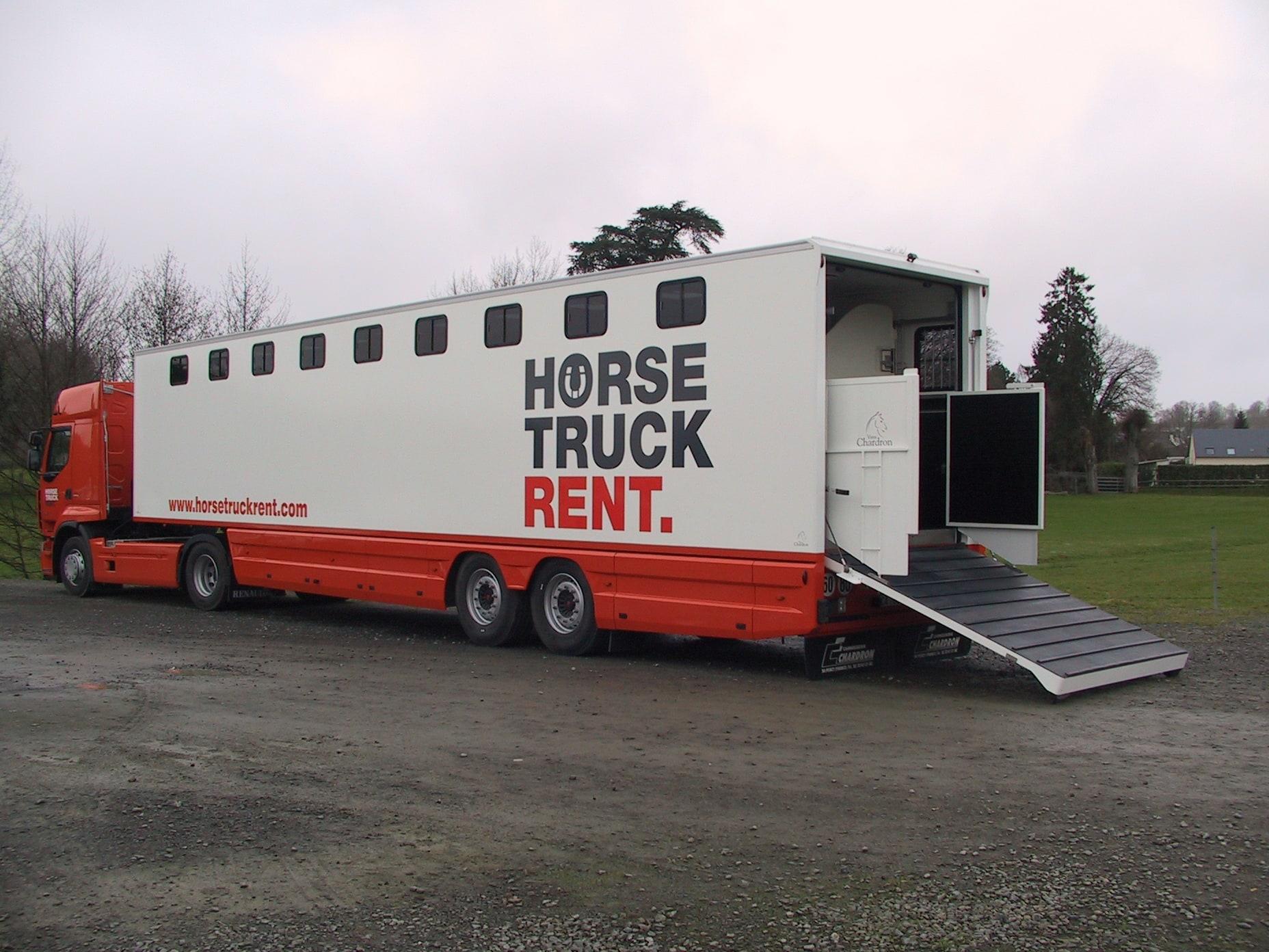 Vans Chardron 15 chevaux avec espace sellerie