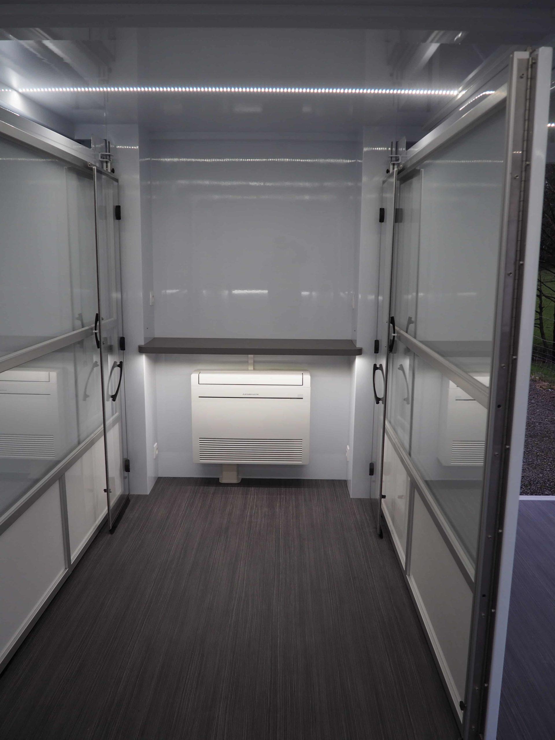 Vans Chardron véhicule événementiel remorque extensible de 30m²