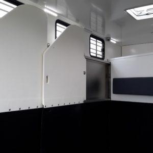 Vans Chardron 4 chevaux avec espace sellerie