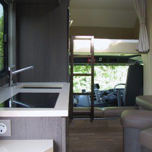 Vans Chardron 6 chevaux et appartement