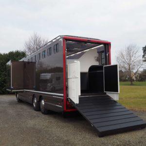 Constructeur de camion pour chevaux